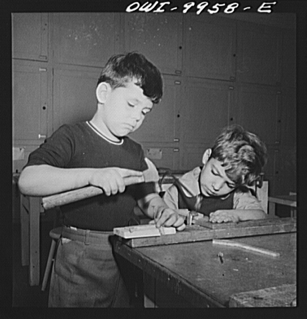 1942. New York, New York. Children's Colony, a school for refugee children administered by a Viennese. British and German refugee children working side by side. (Marjory Collins, Library of Congress)