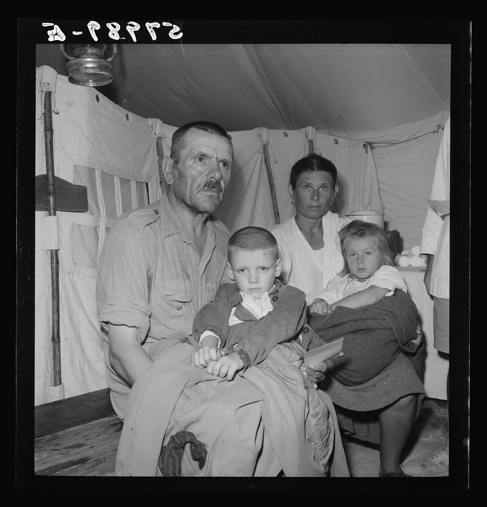 1944. Refugees at El Shatt, the United Nations Relief and Rehabilitation Administration's refugee camp for Yugoslavs. (Library of Congress)